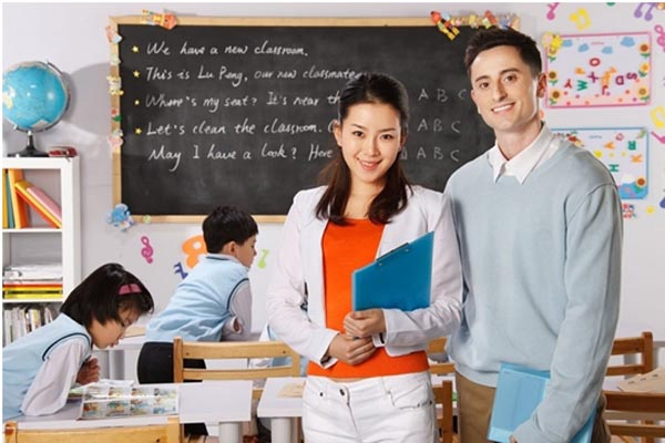 Prepare Yourself for Teaching English Abroad in 2021 with These Tips